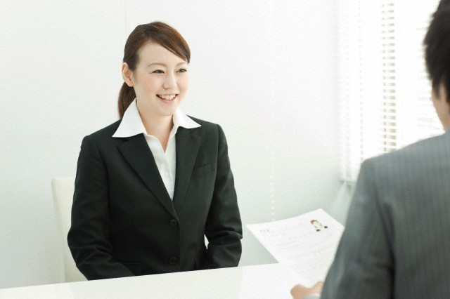 attracting recruiter