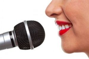 paralanguage nonverbal communication
