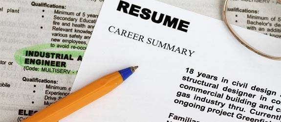 write effective resume title